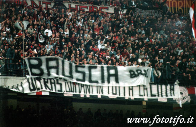 derby italiens - Page 2 20012046
