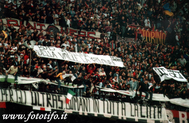 derby italiens - Page 2 20012047