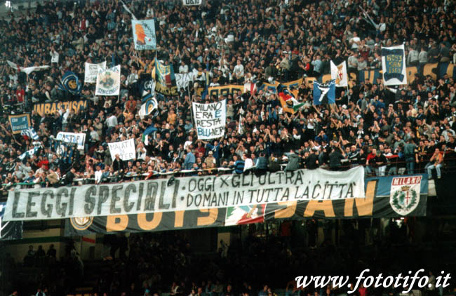 derby italiens - Page 2 20012051