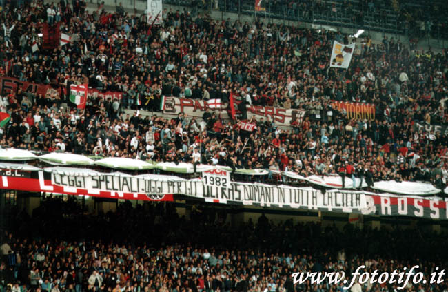 derby italiens - Page 2 20012052