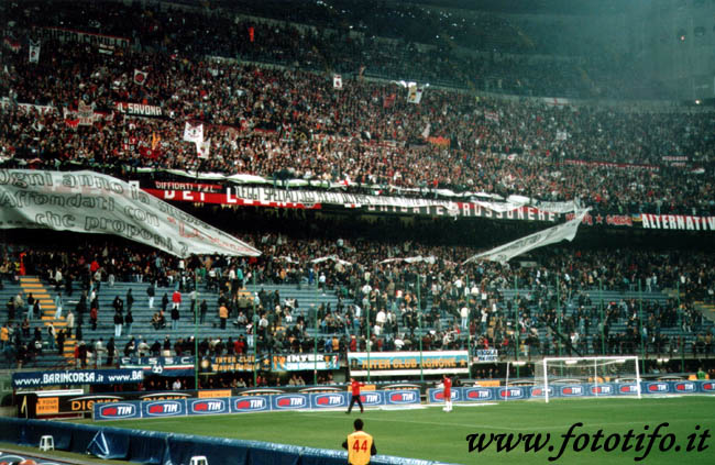 derby italiens - Page 2 20012053