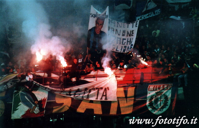 derby italiens - Page 2 20012054