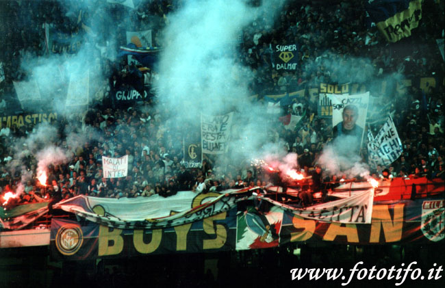derby italiens - Page 2 20012055