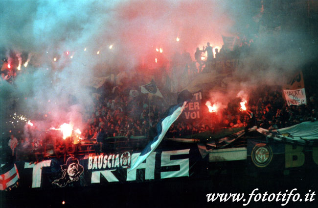 derby italiens - Page 2 20012059