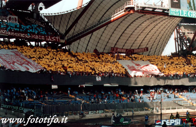 derby italiens - Page 2 20012087