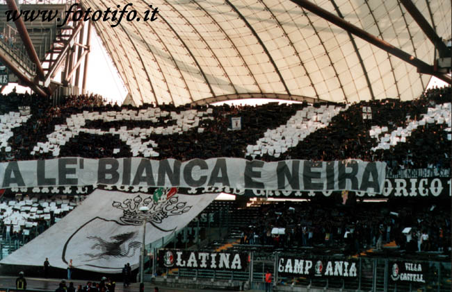 derby italiens - Page 2 20012090