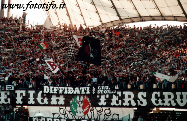 derby italiens - Page 2 20012095