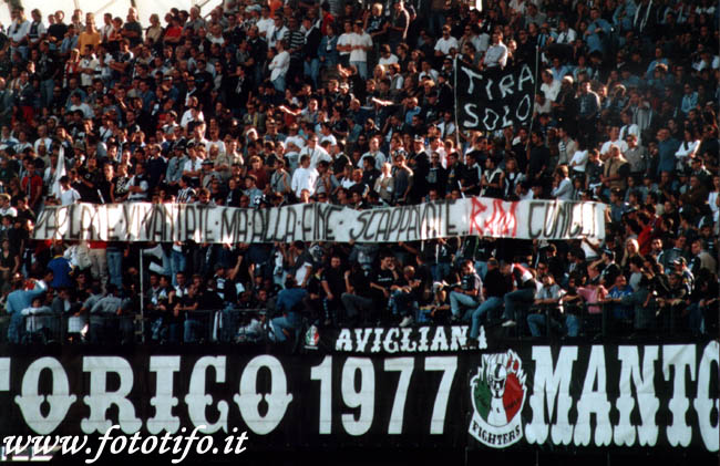 derby italiens - Page 2 20012099