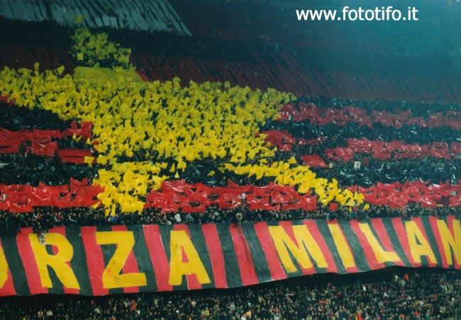 derby italiens - Page 2 20012123