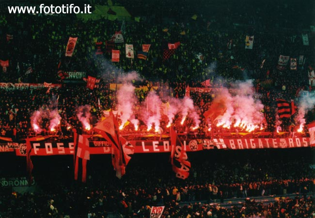 derby italiens - Page 2 20012130
