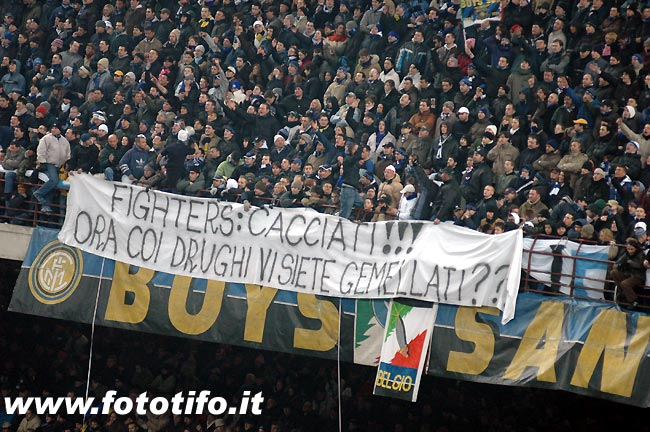 derby italiens - Page 2 20042040