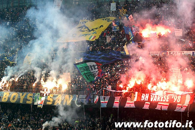 derby italiens - Page 2 20042043