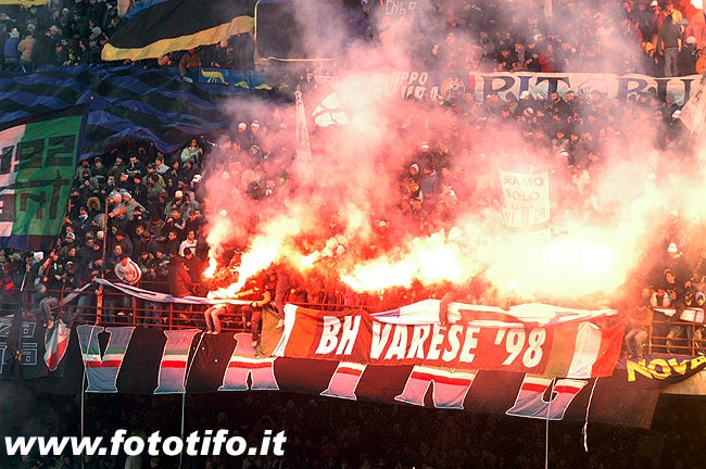 derby italiens - Page 2 20042044