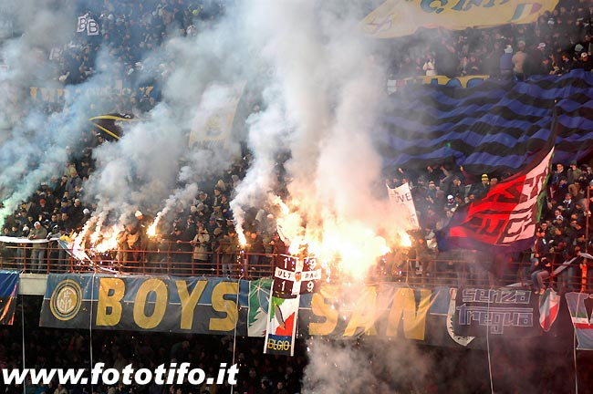 derby italiens - Page 2 20042045