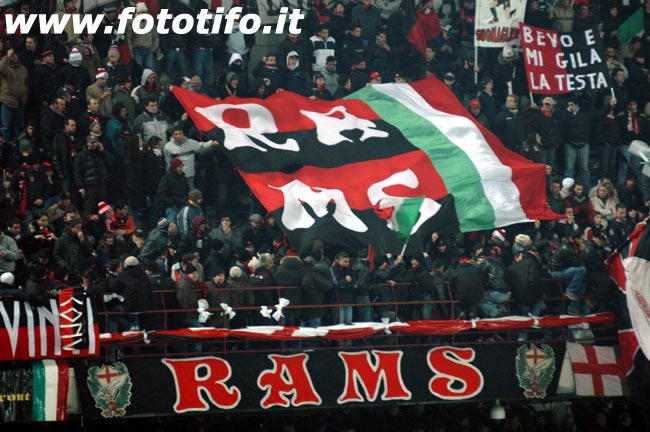 derby italiens - Page 2 20052033