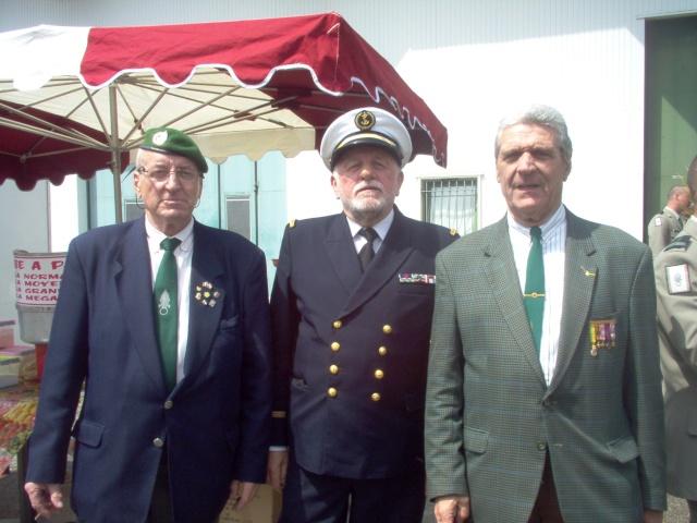 [ Associations anciens Marins ] L'ACOMAR du VAR à CAMÉRONE 2008 Im000613