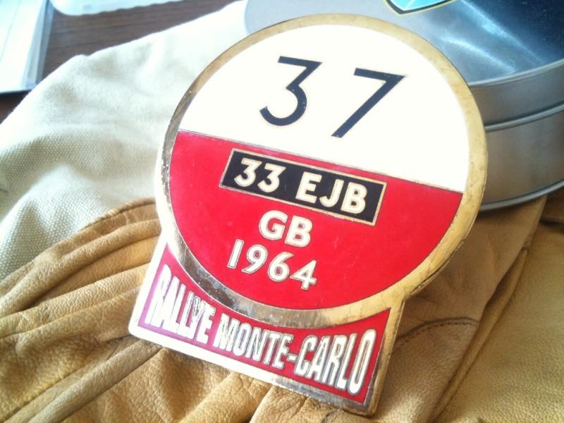 Badge de calandre logo DMC Listin10