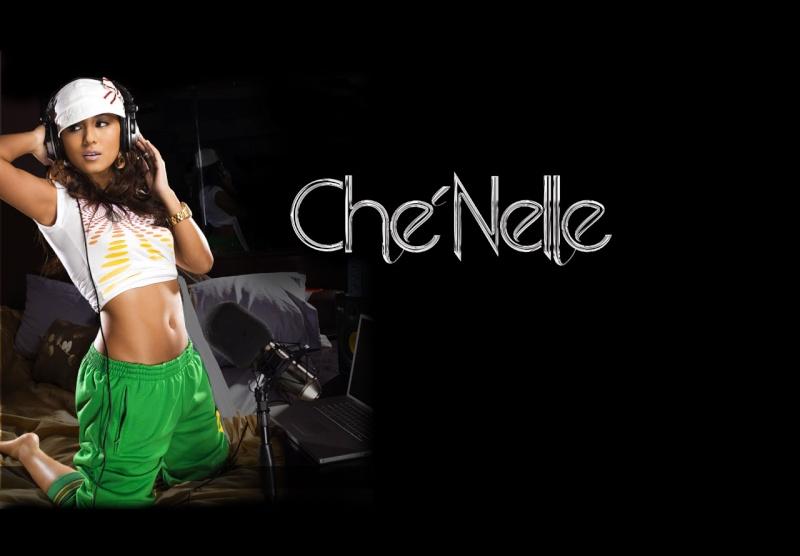 Che'Nelle Chenel10
