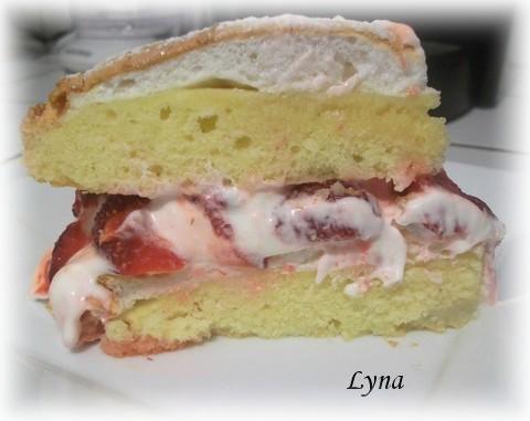 Gâteau meringué aux fraises Gateau11
