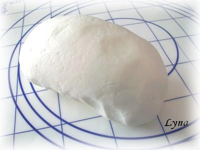 Gumpaste pour décoration de gâteau Gumpas13
