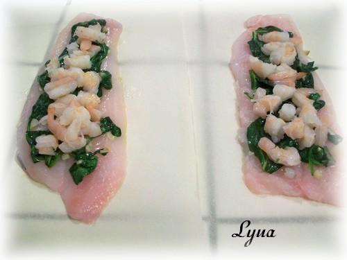 Filets de poisson en papillotes, farcis aux crevettes Papill17