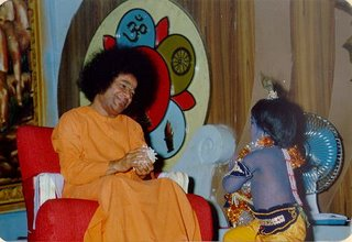 Guidelines to live by ~ Sathya Sai Baba Sai6110