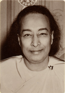 I am in all places ~ Paramahansa Yogananda Yogana11