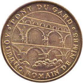 Vers Pont-du-gard (30210) 30_pon10