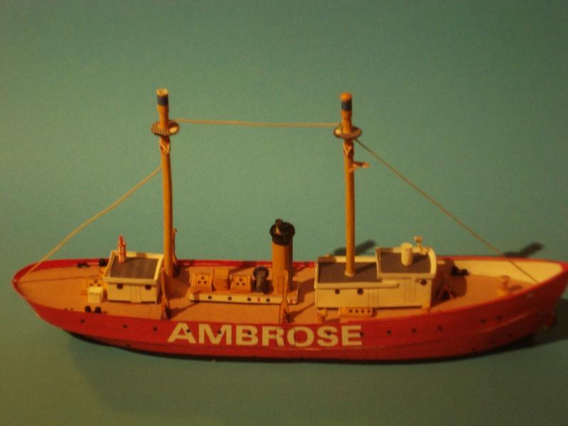 ambrose en papier Dsc01519