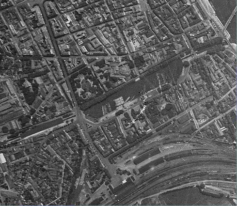Les bombardements sur ma ville en 1939 à 1945 Css110