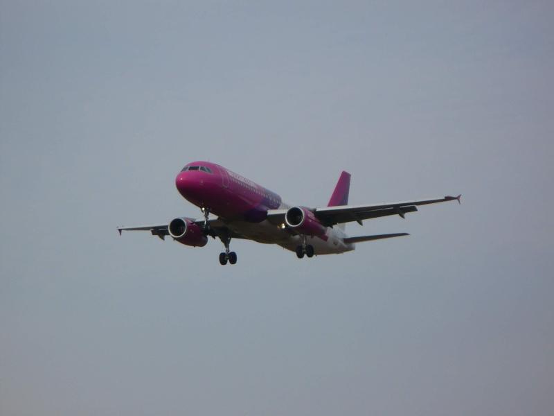 Wizz Air (W6 / WZZ) Ha-lpj10