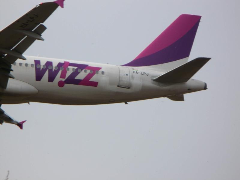 Wizz Air (W6 / WZZ) Ha-lpj11
