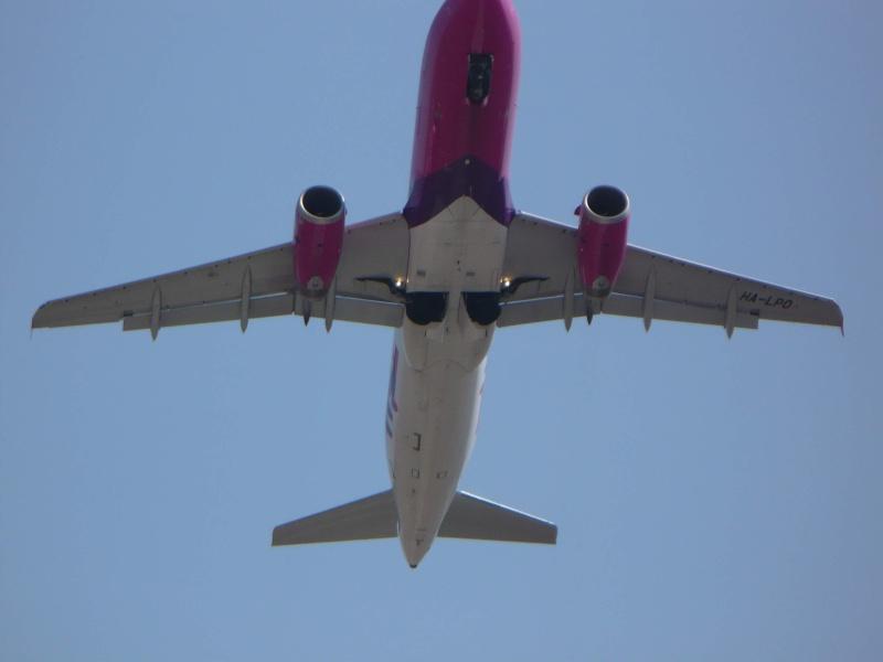 Wizz Air (W6 / WZZ) Ha-lpo13