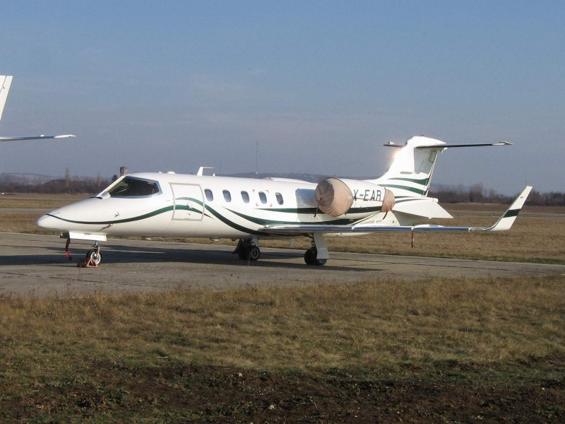 Avioane business Learje14