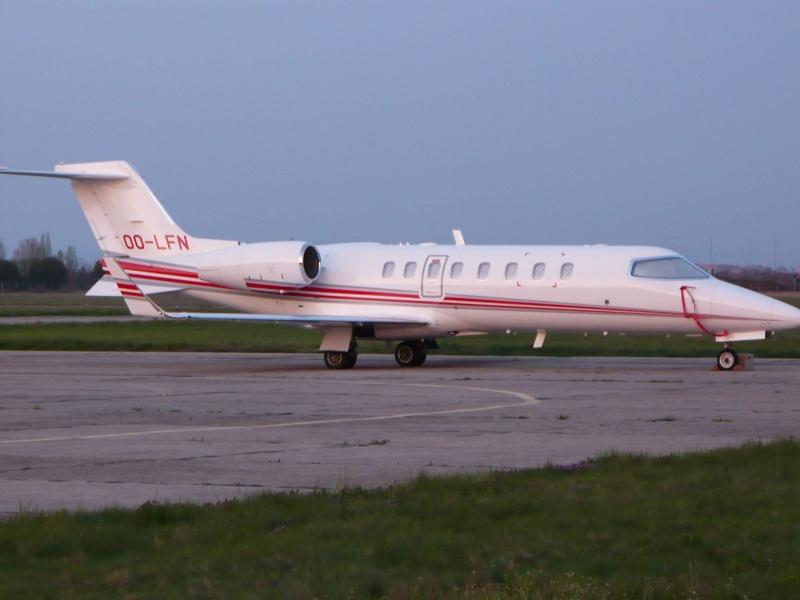 Avioane business Oo-lfn10