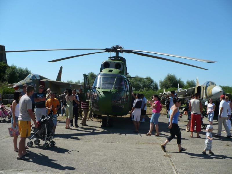 Meeting aviatic - 55 DE ANI DE AVIAŢIE MILITARĂ PE TIMIŞOARA Tsr1010