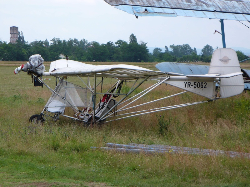 Ce avion este acesta? Yr-50610