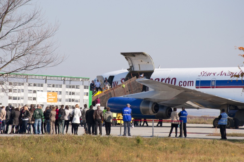 Aeroportul Timisoara (Traian Vuia) - Octombrie 2011   Zs-osi13
