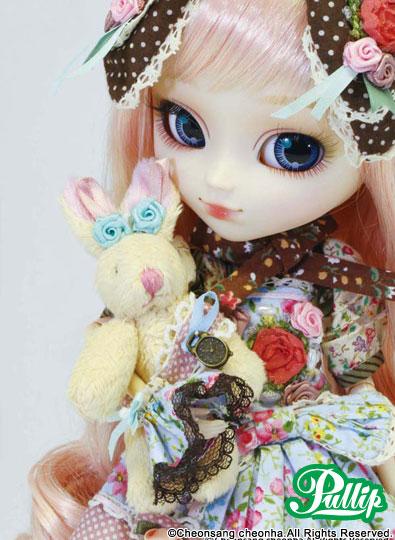 Mai 2012 : Pullip Alice du Jardin P059-410
