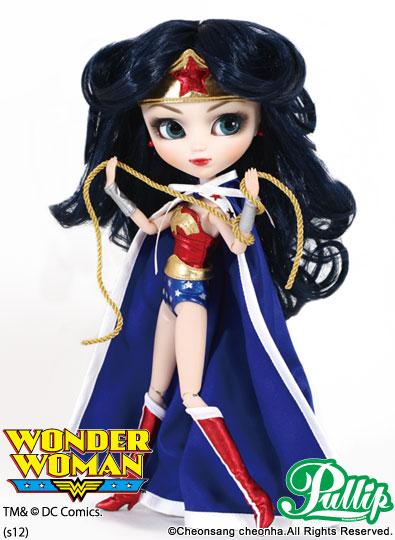 Juillet 2012 : Pullip Wonder Woman P063-411