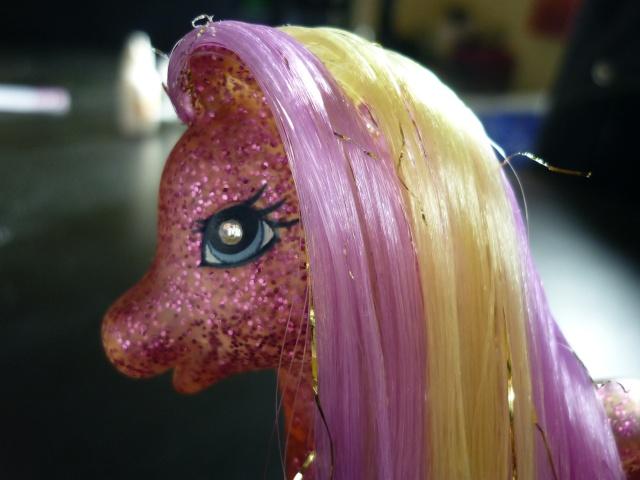 [TECHNIQUE] Mon Petit Poney borgne : remplacer les yeux diamants G1/G2 Pony_013