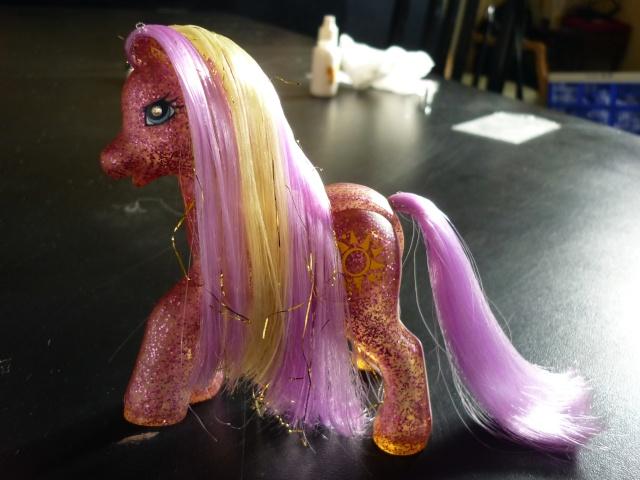 [TECHNIQUE] Mon Petit Poney borgne : remplacer les yeux diamants G1/G2 Pony_015