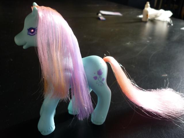 [TECHNIQUE] Mon Petit Poney borgne : remplacer les yeux diamants G1/G2 Pony_016