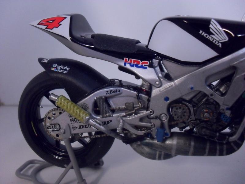 honda RS 250RW 2009 (la dernière 250 championne du monde) Sam_3417