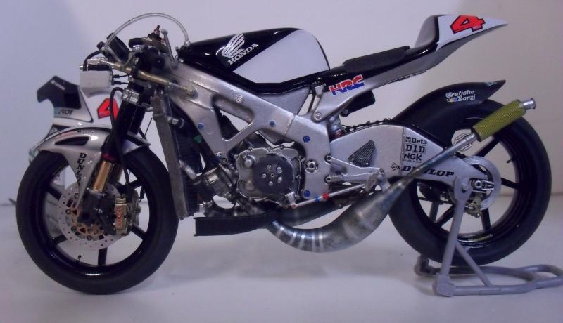 honda RS 250RW 2009 (la dernière 250 championne du monde) Sam_3420