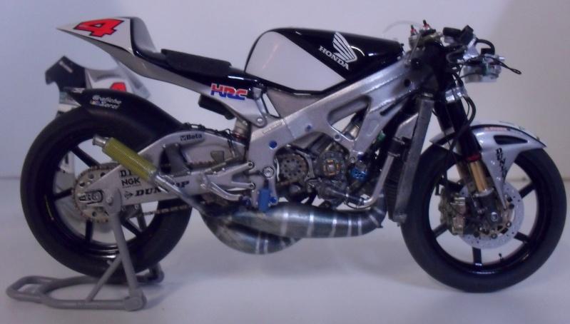 honda RS 250RW 2009 (la dernière 250 championne du monde) Sam_3421