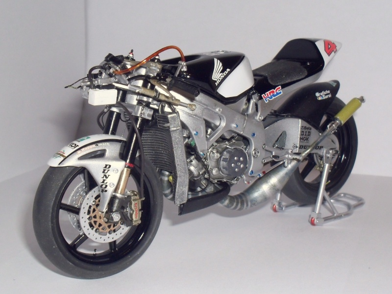 honda RS 250RW 2009 (la dernière 250 championne du monde) Sam_3428