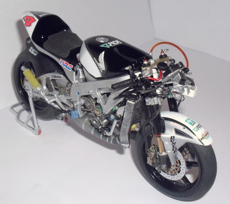 honda RS 250RW 2009 (la dernière 250 championne du monde) Sam_3429