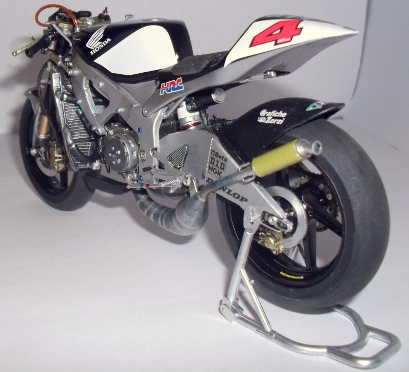honda RS 250RW 2009 (la dernière 250 championne du monde) Sam_3430