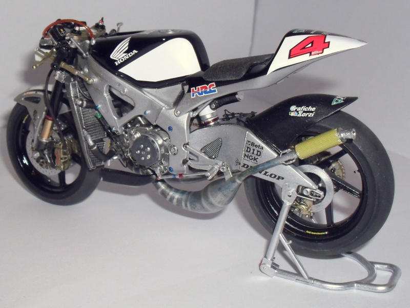 honda RS 250RW 2009 (la dernière 250 championne du monde) Sam_3431